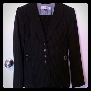 Women's Tahari Pinstripe Black Suit-Blazer/Pants